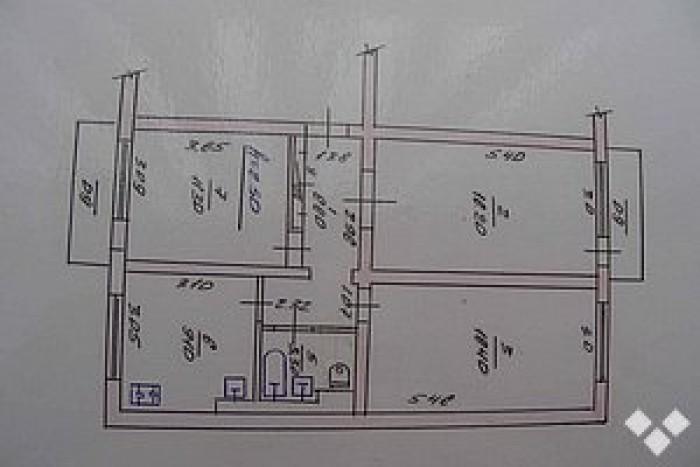 Встроенные шкафы-купе,м/п окна Brugman.Дом находится в тихом уютном месте. Хорош 612421