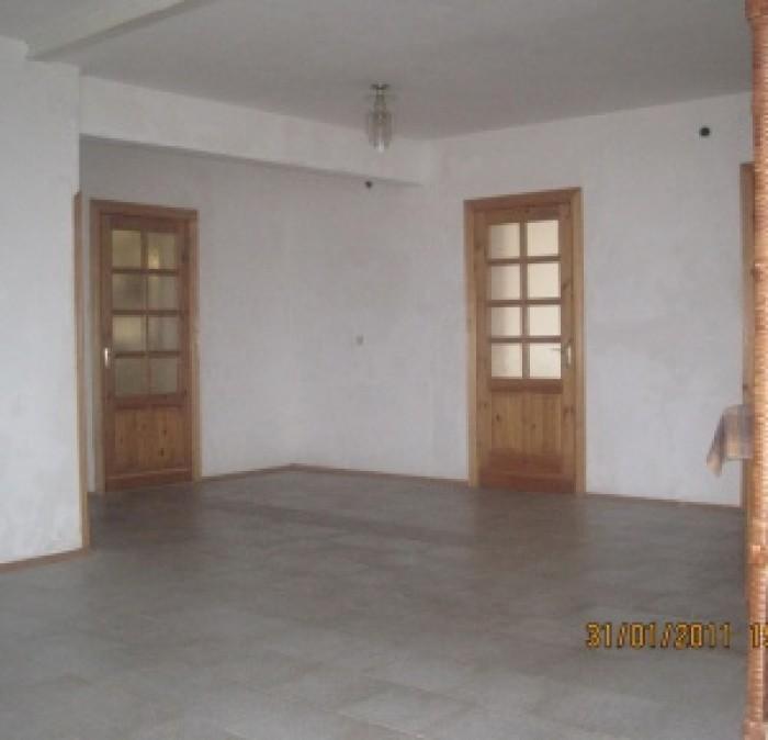 Продается трехэтажный дом (2 этажа + мансарда) в городе Севастополе, в лесопарко 621092