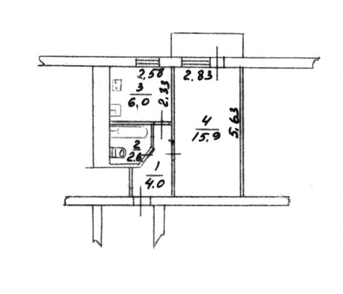 Планировка квартиры типа хрущовка. Совмещённый санузел (трубы заменены). Балкон. 612617
