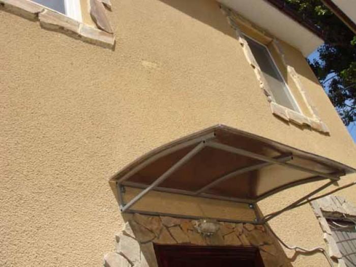 Продам отдельно стоящий особняк в историческом центре вблизи моря, ул. Уютная, 1 621110