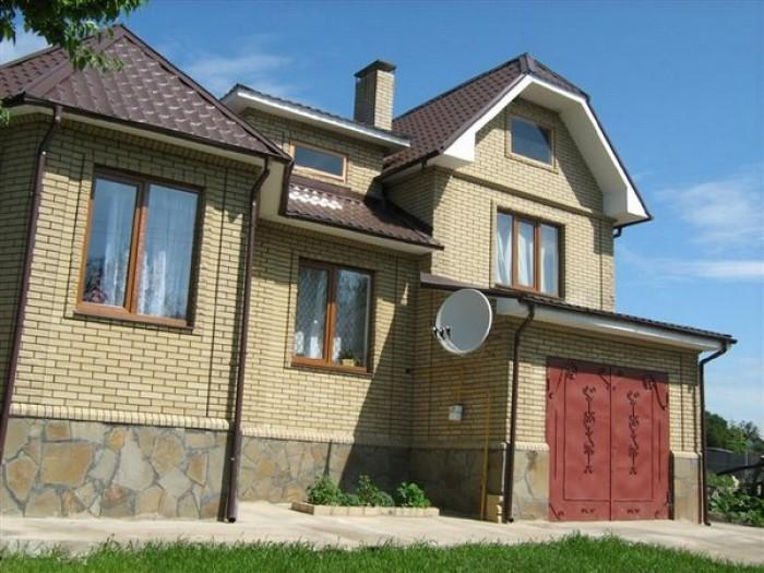 Срочно продам дом в п. Чугуево,  Харьковская обл. Общая площадь 220 квм, жилая 1 621186