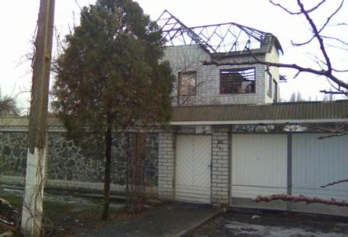 Дом в хорошем состоянии. Но после небольшого пожара,3 марта 2011г. Сгорела жилая 621207