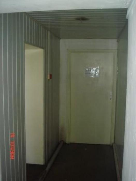 Сдам в аренду помещение, возможно частями (от 18 м2). Отдельный вход, телефон, и 641161