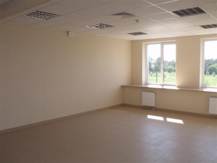 Бизнес-центр ЮТА Сервис предлагает в аренду офисы класса В+. Общая площадь офисн 641167