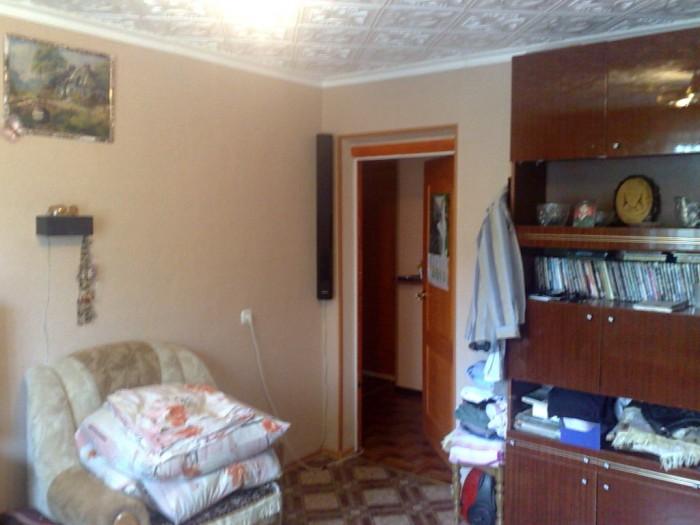 3-х. комнатная квартира .Все комнаты раздельные .Кухня 7,9 кв.м. Ремонт ,новая с 613129