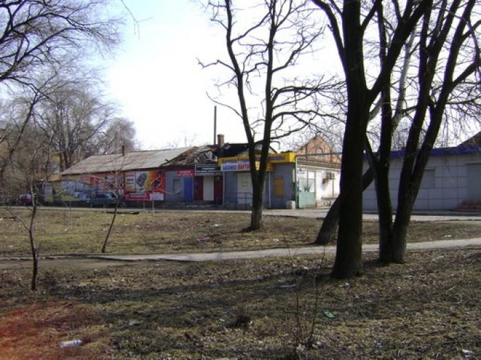 Продается нежилое помещение, 106 кв.м.,  в центре г.Мариуполь, ул.Артема, ориент 641257