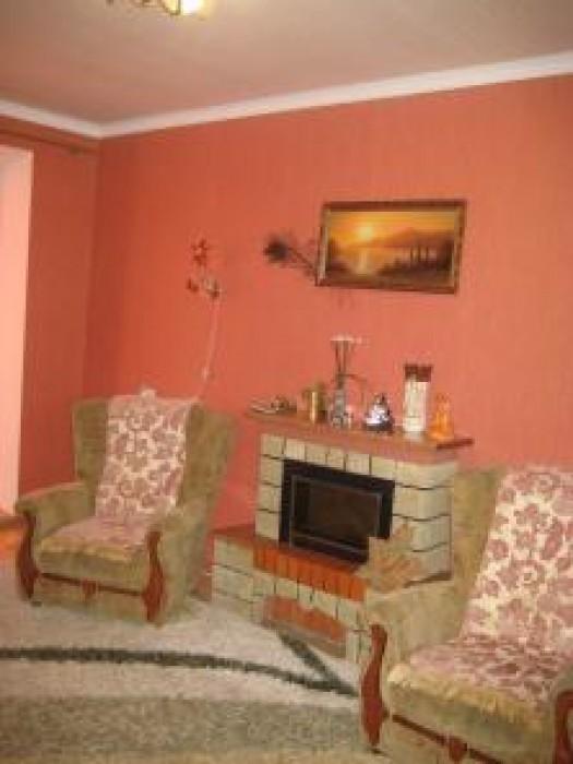 Очень хорошая квартира-чешка, с евроремонтом, в доме новая крыша, насос на воду, 613223