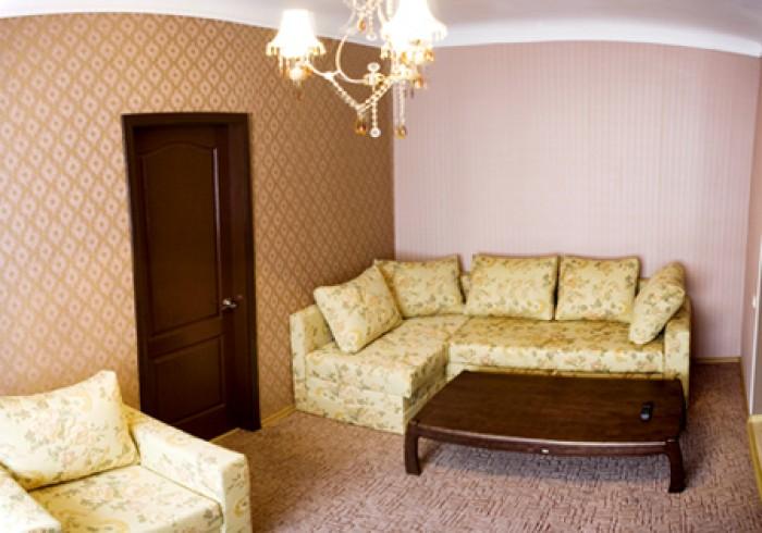 Квартира ПОСУТОЧНО. Бизнес - класс, Центр, находится рядом с историческими и кул 613232