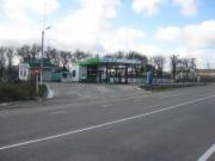 Срочно продам свое действующее АЗС. 19 км трассы Симерополь -Феодосия. Имеется д 641310