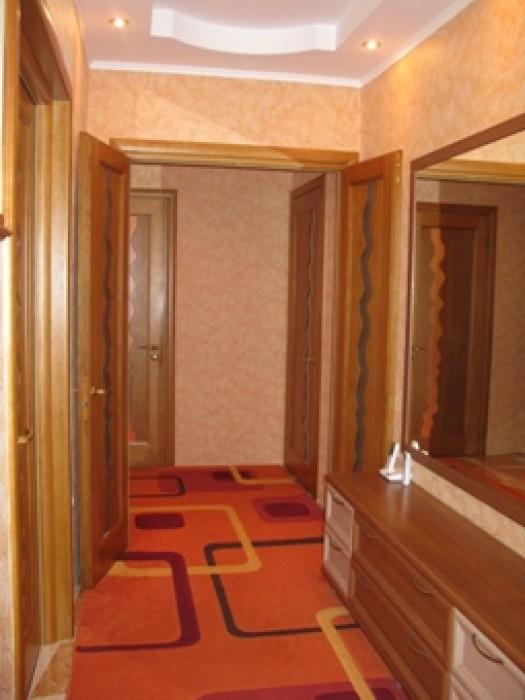 CРОЧНО!Квартира(перепланирована) с мебелью, евроремонтом(ровнялись стены,полы),л 613323