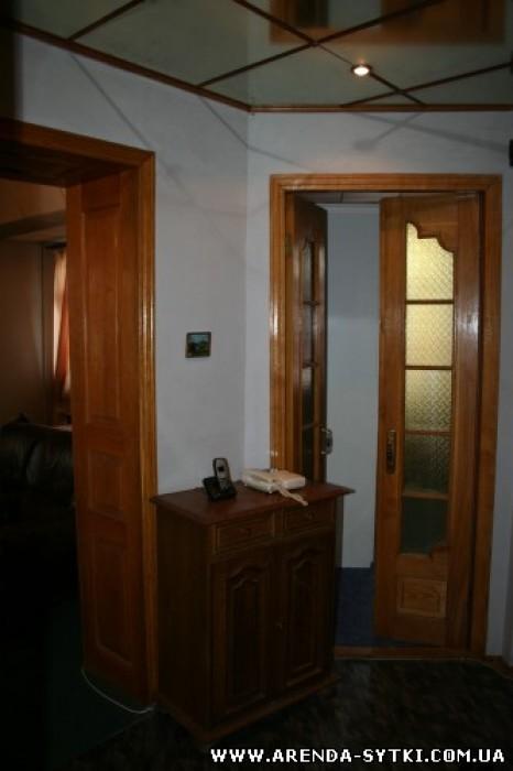 Посуточная аренда в Харькове.Великолепная квартира (площадь 100 кв. м). Большая  613460