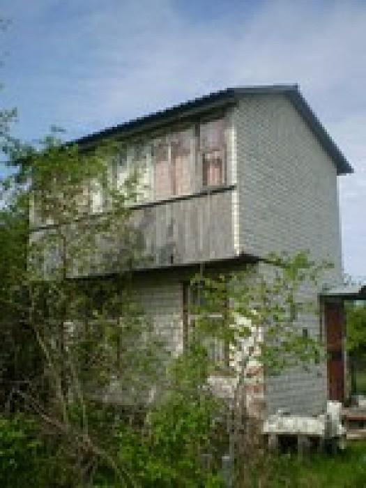 Продам дачу в Березанке,2-ва этажа,кирпичный ,камин,сарай,5 соток земли,фруктовы 621568