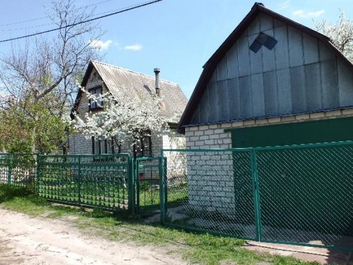 Продам уютную дачу!Глеваха-3, 15 км. от Киева, 5 соток, кирпичная 2-х этажная да 621569