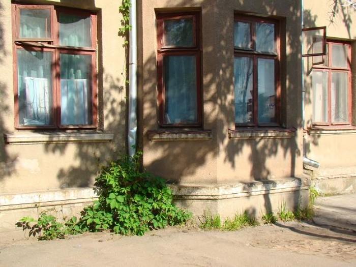 Продам 2-х комнатную квартиру в центре Бердянска, пр-т Ленина. 1/2,  45/28/6,6 с 613582