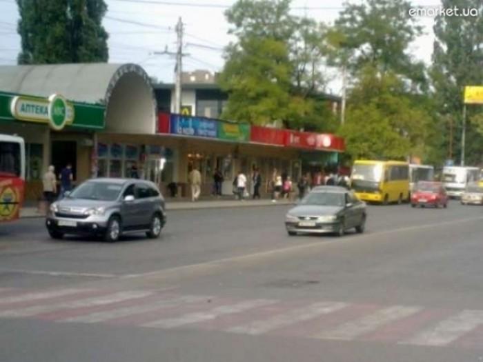 Продам торговое помещение под магазины, офисы, кафе и др. на ж/д вокзале, состоя 641404