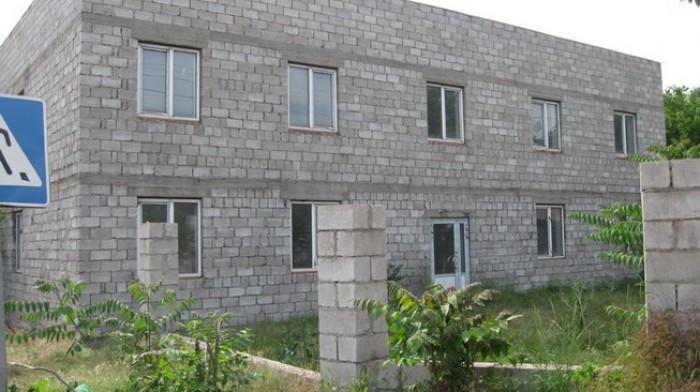 СРОЧНО!!!ПРОДАМ   2х этажное  строение под гостиницу или офисыМариуполь, приморс 641507