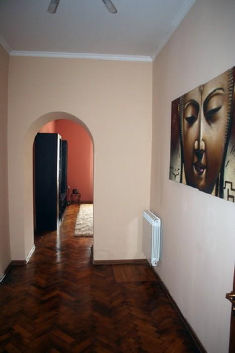 Румынский Люкс, бельетаж.Квартира в идеальном состоянии, евроремонт, автономное  614007
