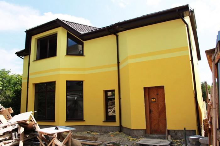 Продам дом по ул. Куйбышева. Цокольный + два жилых этажа. Общая площадь 300 м.кв 621744