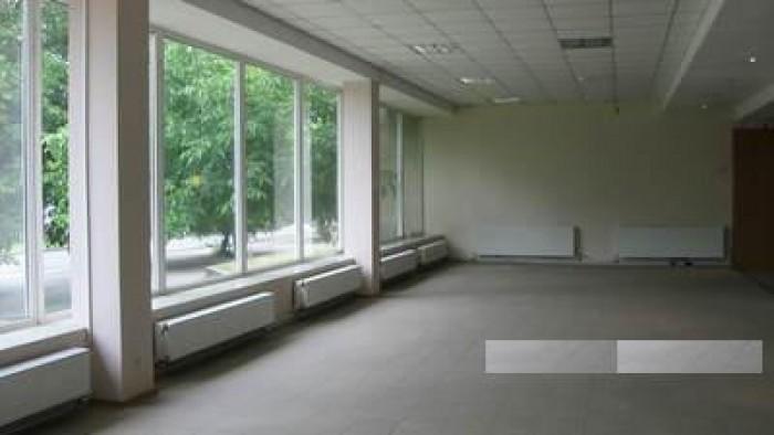 В центре Николаева сдается в аренду торговое (офисное) помещение на первом этаже 641669