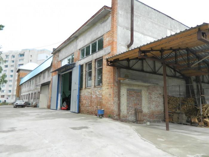 Продам базу 1100 кв.м. (земля 0,42 га. в аренде )под спортивно-оздоровительный к 641668