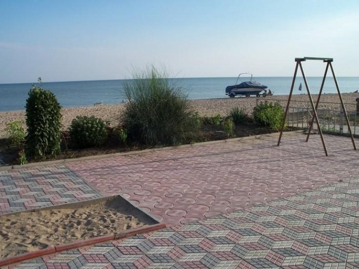 Продаётся действующая база отдыха на берегу Азовского моря с Широкино Новоазовск 641672