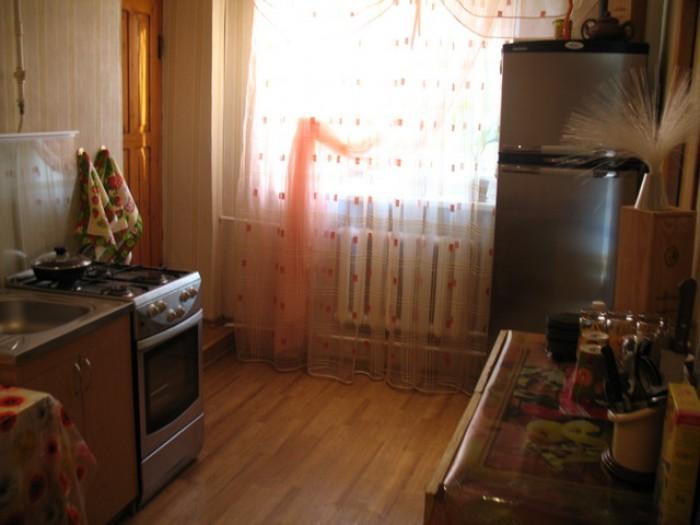 Сдам, без посредников, уютный двухкомнатный домик, расcчитан на 4-6 человек, в т 621934