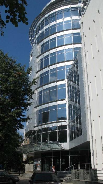 БЦ Parallel50 предлагает в аренду торговые и офисные площади! Центр города, ул.  641779