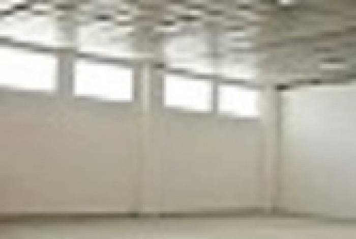 Сдаю в аренду  в Ленинском районе города современный склад 574 кв. м.  В складе: 641791