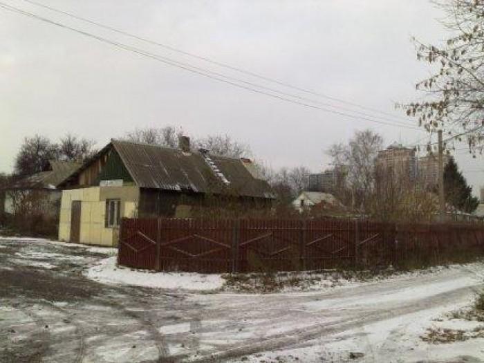 Существующий дом, цокольный этаж нового дома и стройматериалы – бесплатно, земля 631069