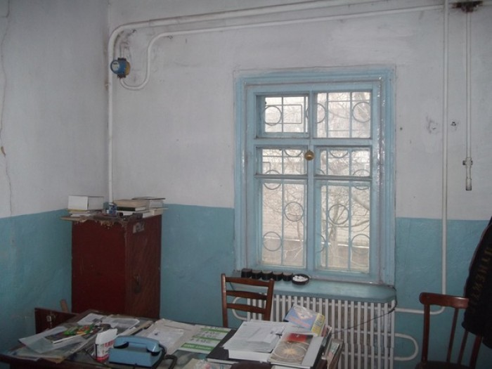 Дом в центре Гниваня под бизнес, 4 с, все комуникации, газ, вода, свет, отоплени 622086