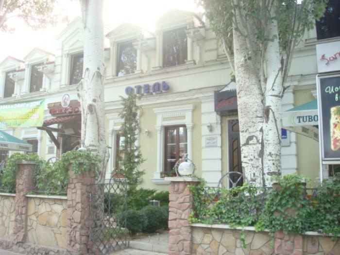 2 этаж. В данный момент используется как отель. Все удобства, отопление, еврорем 641946