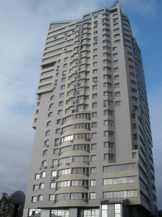 Сдам 2х комнатную в новом доме  В.Гетьмана м.Шулявка 10/22эт. 80 кв.м.отличный р 614908