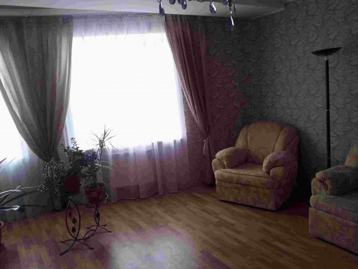 Полностью меблированная квартира с евро-ремонтом. Есть кондиционер, газовый коте 614948
