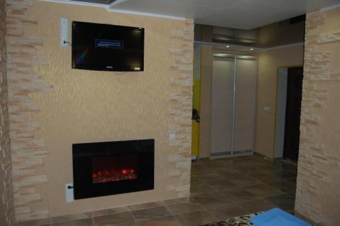 www.lf.lg.ua Сдам посуточно квартиру с евроремонтом 2012года.Расположена в центр 614970