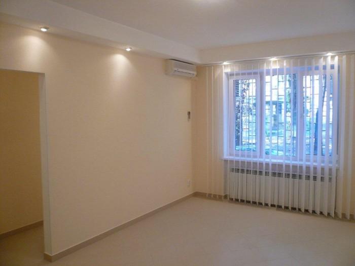 Сдам под офис 2-комнатную квартиру в непосредственной близости от метро Дружбы Н 615096