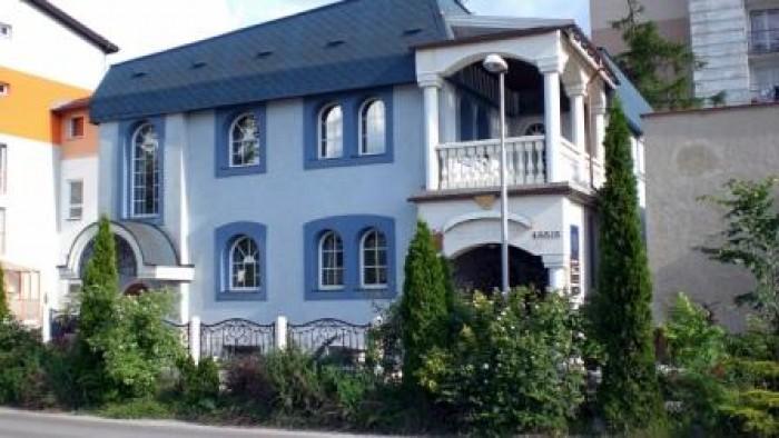 Вишуканий житлово-офісний будинок на продаж для створення представництва фірми у 622298