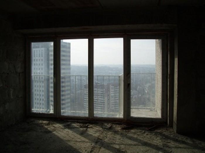 Срочно! Продам 1-комнатную квартиру в новострое, низ пр.Кирова. Общая площадь: 3 615266