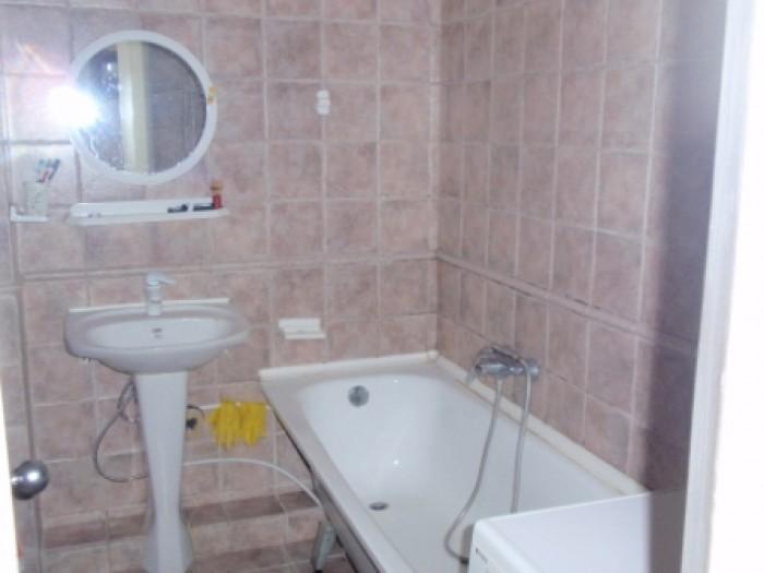 Квартира с ремонтом в элитном охраняемом доме,стеклопакеты,кафель,паркет,домофон 615308
