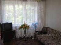 Сдам 2 ком.кв. в р-не Рокосовского, есть вся необходимая мебель, холодильник, те 613824