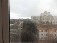 Сдается 2-х комнатная квартира на против киностудии.Квартира находится на 8-м эт 614246
