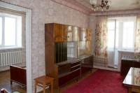 Продается двухкомнатная квартира в ценьре города, ул.Тихая, 4/4 кирпич, общая пл 615295