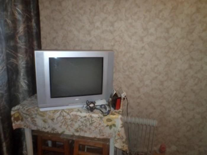 Предлагаем скромную недорогую 1 комнатную квартиру. Удобное расположение – 5 мин 615414