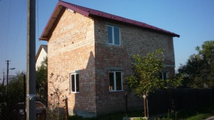 Продається в м. Дрогобич р-н вул. Спортивна, 2-х пов. цегл. будинок-дача (будува 622374