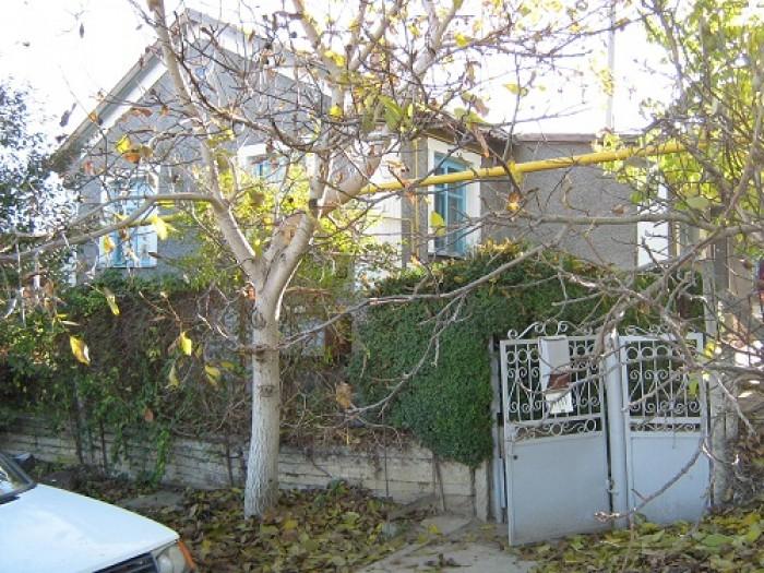 Бахчисарайский р-н, Дом в селе Каштаны, 51 кв. м, 3 комнаты, высокие потолки, до 622391