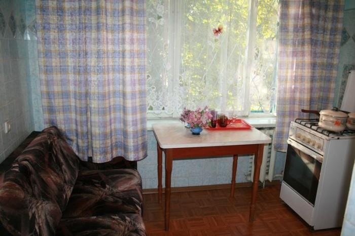 Квартира в Киеве посуточно.1 комнатная, Святошинский р-н, ул. Кучера. Посуточно, 615490