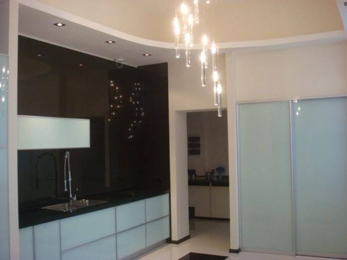 ул. Обильная. Новый современный стильный дом 2010г., общая  площадь  420 кв.м.   622458