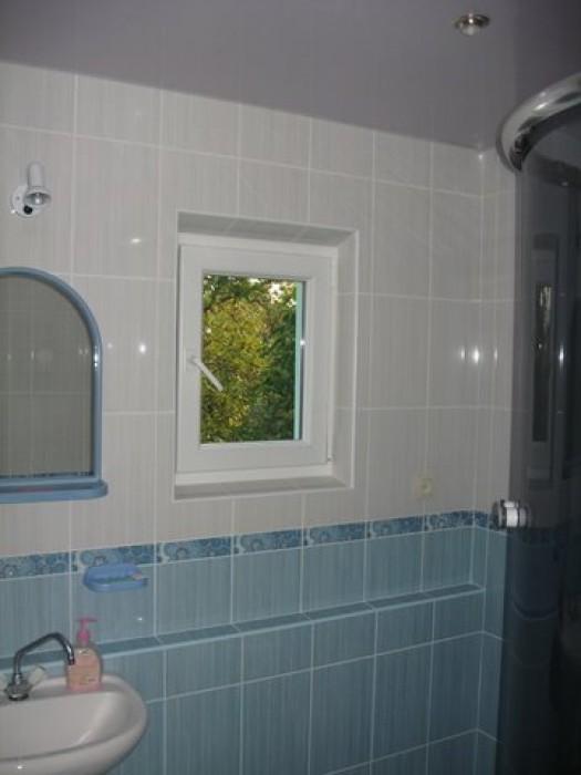 Сдаю квартиру в центре г.Трускавец    Сдаю дом в частном секторе под ключ по ул. 615798