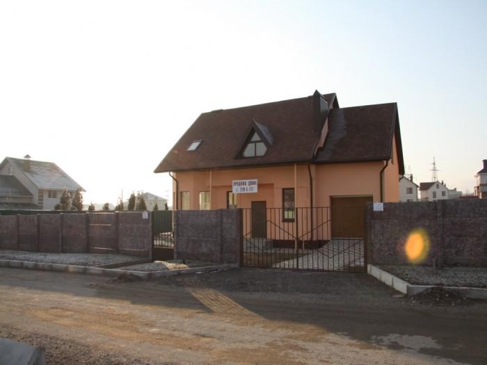 Продается новый дом (пос.Солнечный), ул.Днепровские пороги, пл. 192 кв.м., уч. 7 622567