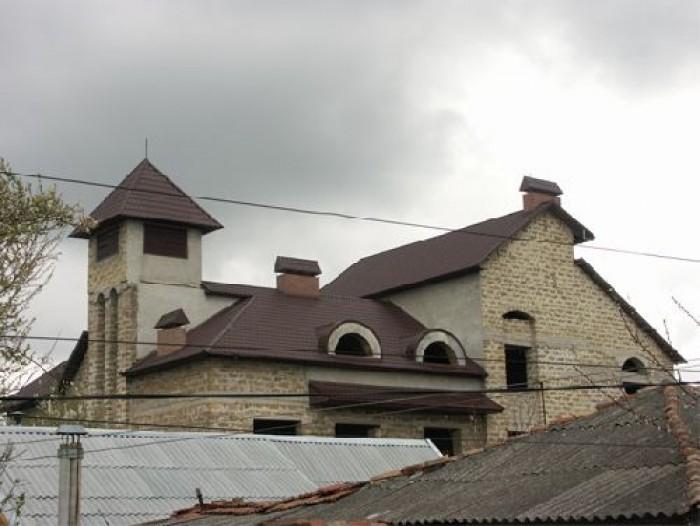 Дом находится в частном секторе в Центральном районе Симферополя. Общая площадь  622571