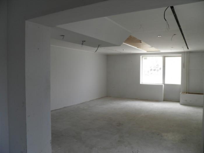 Нежилые помещения в цокольном этаже 5-тиэтажного жилого дома.Инженерное обеспече 642395